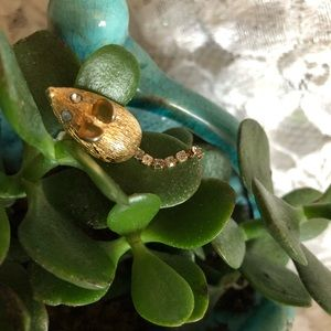 Avon Jewelry - Vintage AVON Gold Mouse Pin With Rhinestone Tail